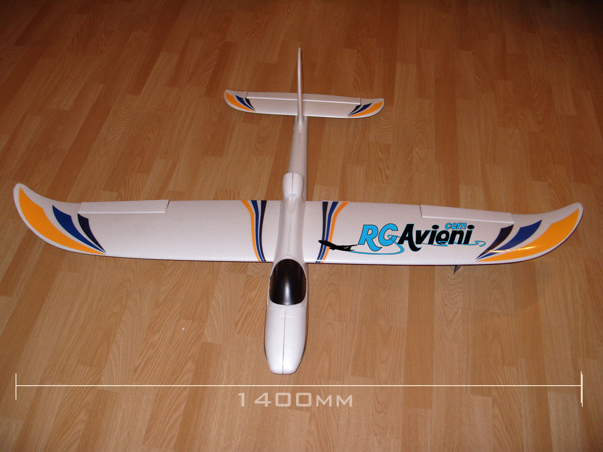 beta-1400-arf-avion-trener